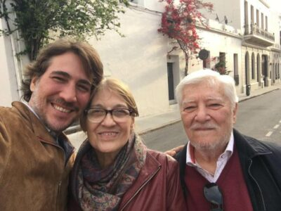 Luis with his most beloved loves: Nélida and Alberto.